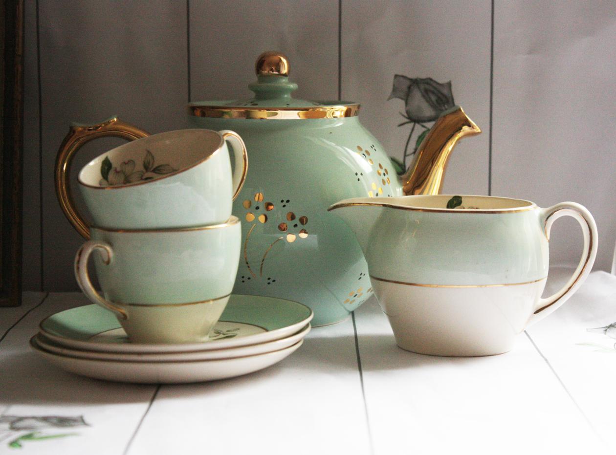 Vreme je za čaj...čajnik i šoljice od porculana i keramike! - Page 16 Today-i-used-this-tea-set-duck-egg-blue-edited-1-copy_edited-31